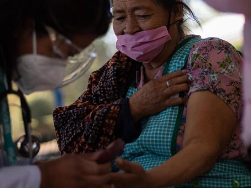 Nuevas convocatorias para vacunación en 3 delegaciones de Querétaro