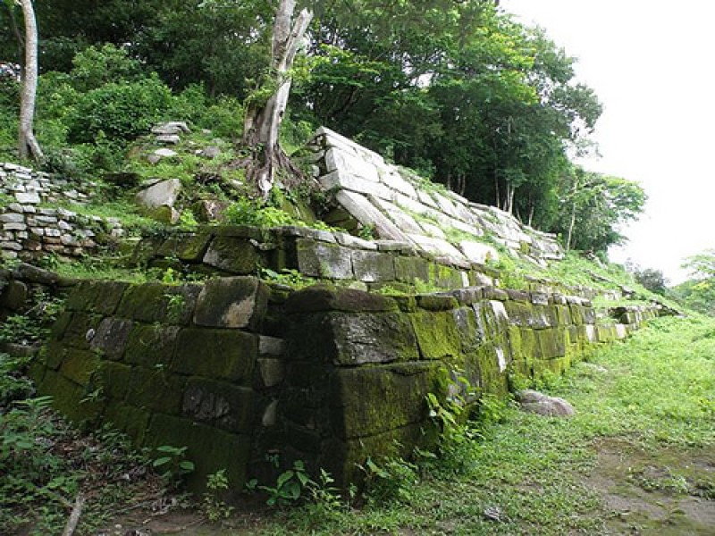 Descubren nuevo recinto arqueológico en Tonalá