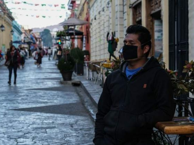 Oaxaca con alto riesgo de contagio; regresa a semáforo naranja