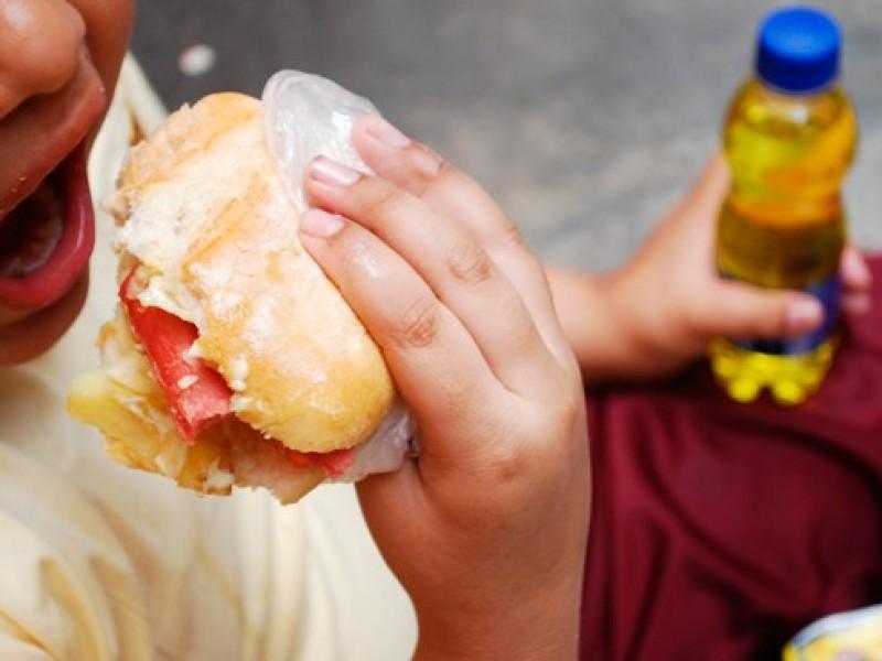 Obesidad infantil,población en riesgo ante nueva variante de covid-19