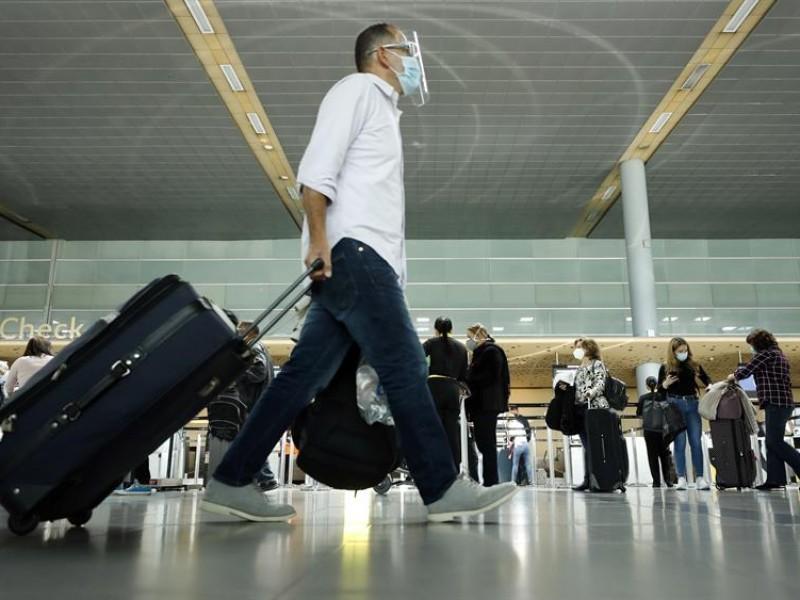 Obligatorio el uso de cubrebocas para viajeros en Estados Unidos