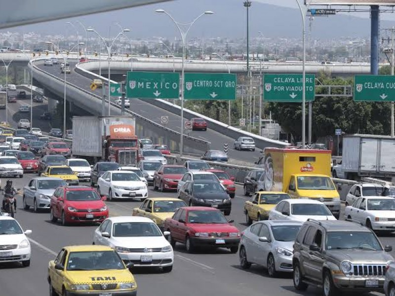 Obras en Avenida 5 de Febrero al 60%