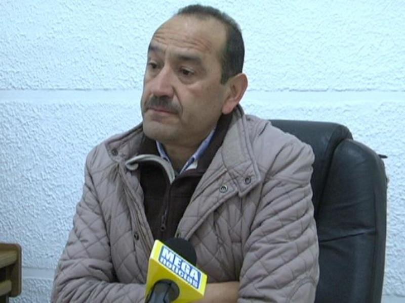 Obras públicas encargados de reparar baches de Jiapaz