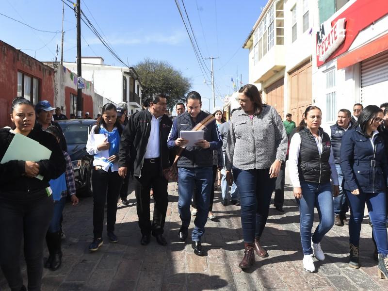 Obras y mejoramiento de vialidades en Ezequiel Montes