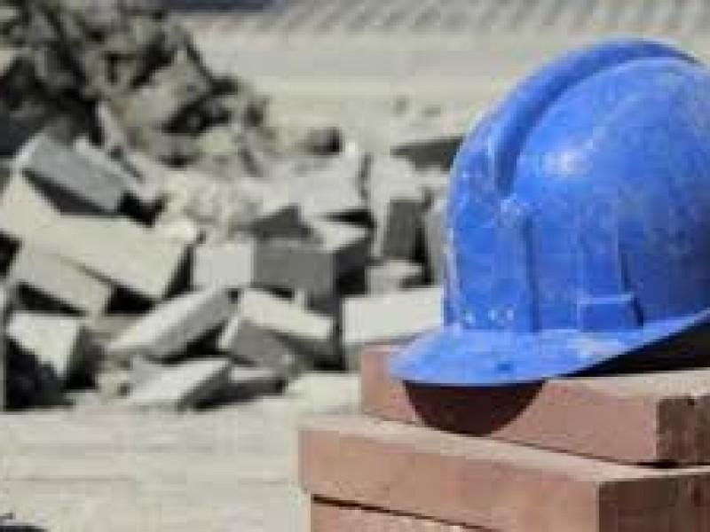 Obreros , Desesperados por Falta de Trabajo
