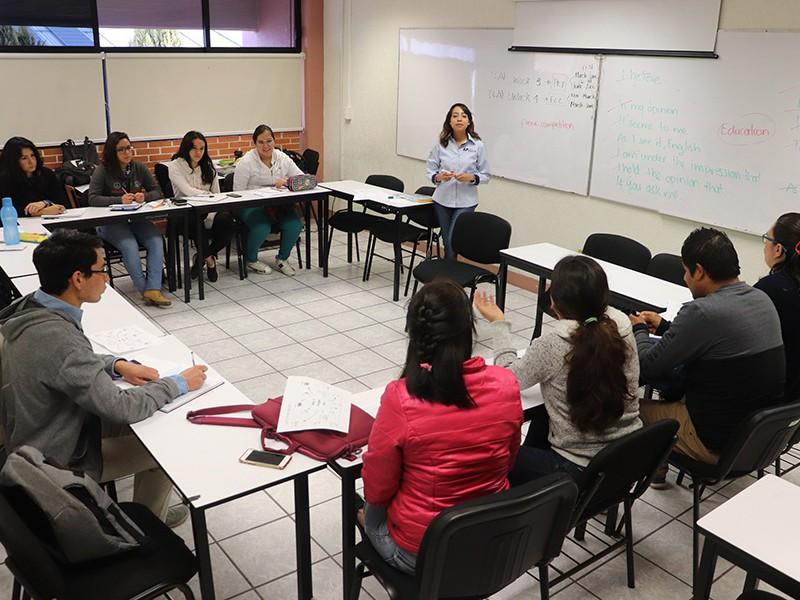 Ofrecerá UTSJR capacitación para certificar lenguas extranjeras