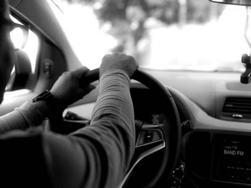 Operadores de Uber preocupados por inseguridad; no tienen respaldo