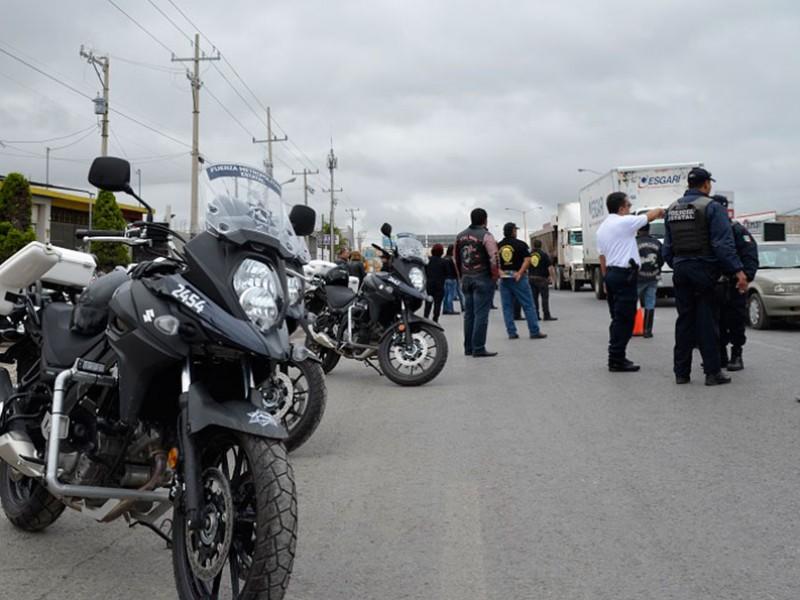 Operativo a motociclistas da resultados positivos en Gómez Palacio