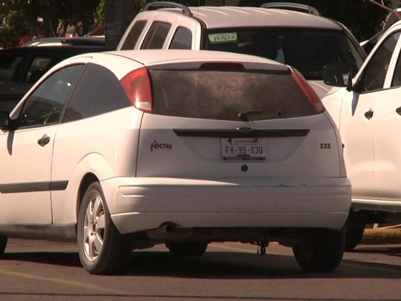 Opiniones divididas tras la legalización de autos americanos en BCS