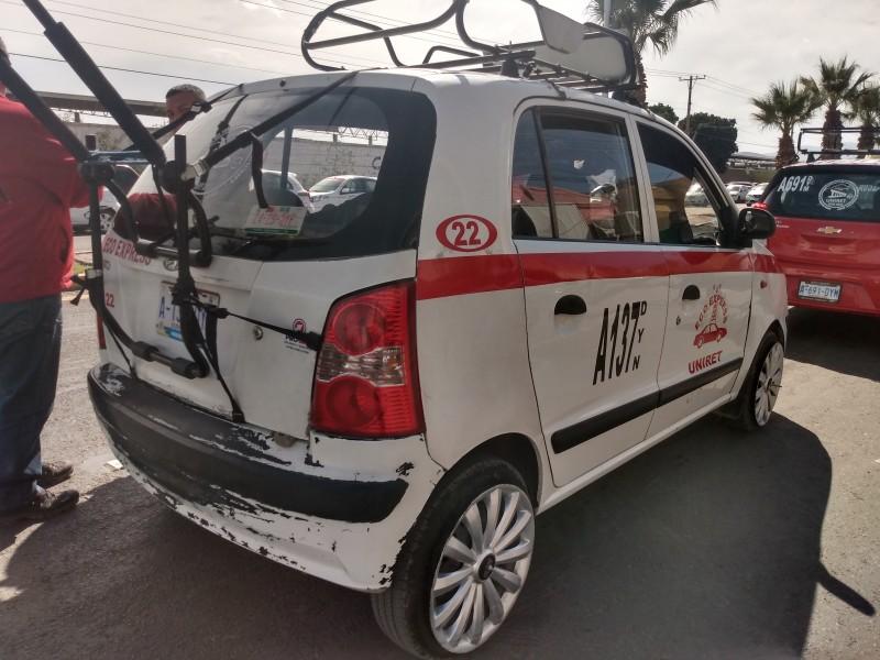 """Organizaciones de taxistas de GP exigen """"piso parejo"""""""