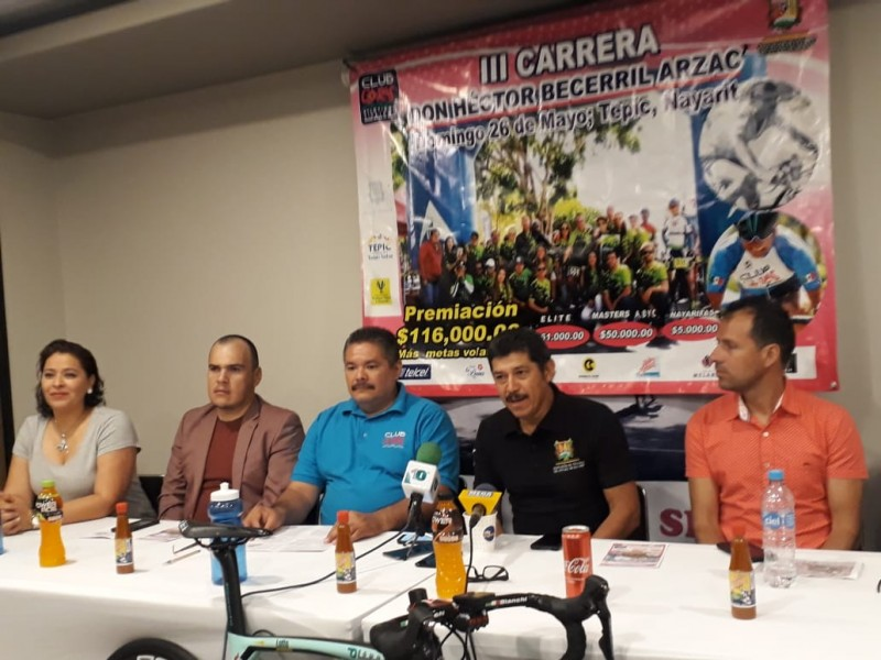 Organizan 3ra carrera Héctor Becerril Arzac