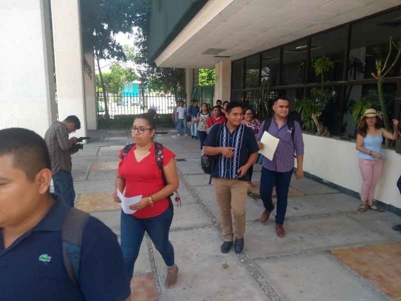 Otorgan plazas a docentes idóneos