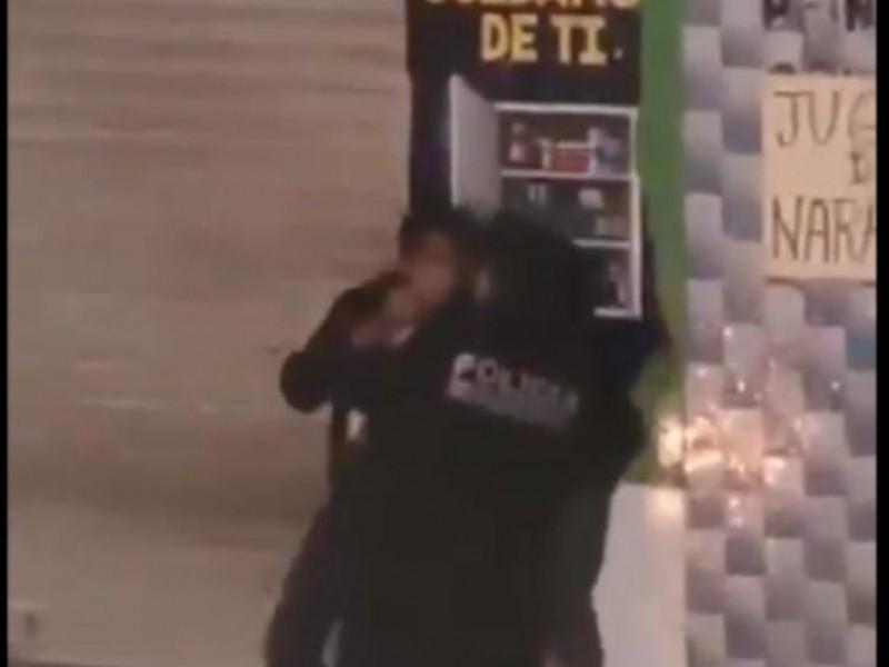 Otro abuso de autoridad en Puebla, ahora contra dos hombres