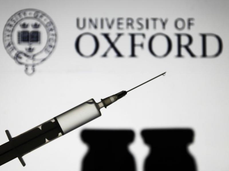 Oxford analizará posibilidad de combinar vacunas Covid-19