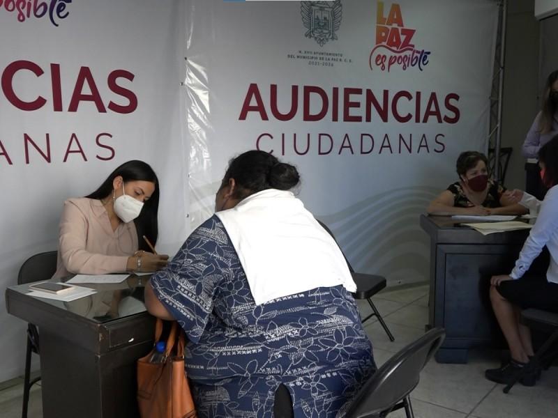 Paceños piden empleo durante Audiencias Ciudadanas