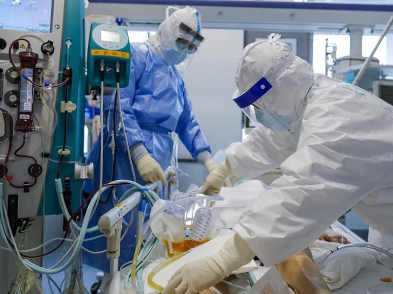 Pacientes recuperados de COVID-19 deben continuar con protocolo sanitario