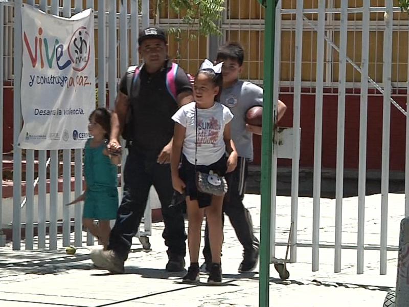 Padres de familia señalan la falta de seguridad