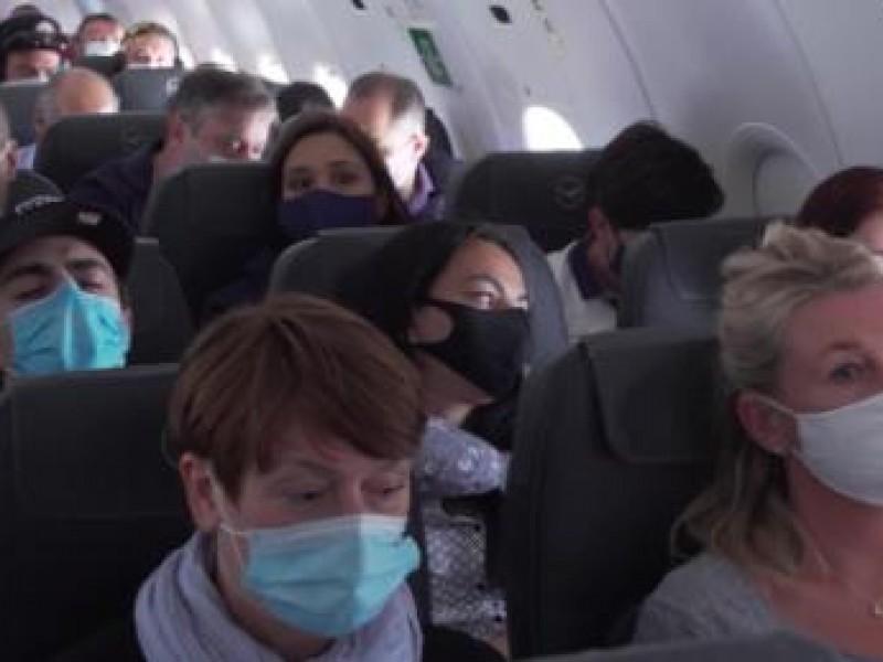 Países europeos suspenden vuelos con Reino Unido por mutación deCovid-19