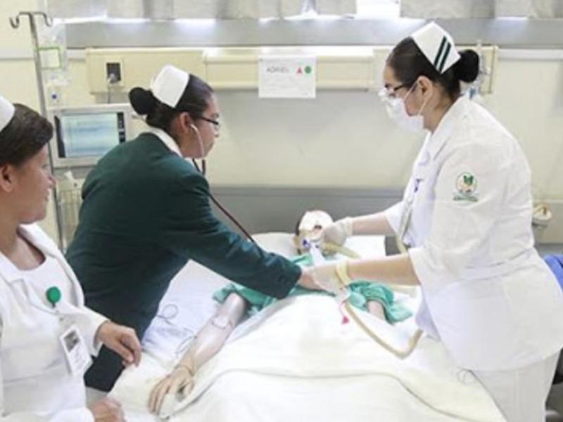 Pandemia podría provocar escasez de enfermeras en todo el mundo