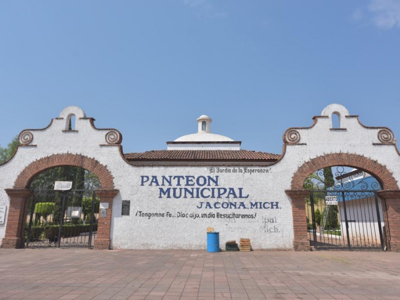 Panteón de Jacona permanecerá cerrado por tiempo indefinido