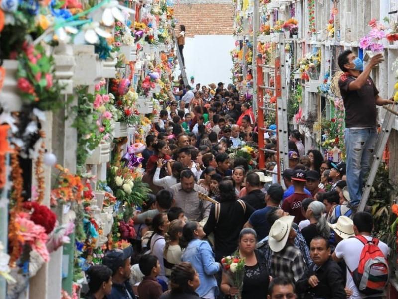 Panteones de Guanajuato siempre sí abrirán en Día de Muertos