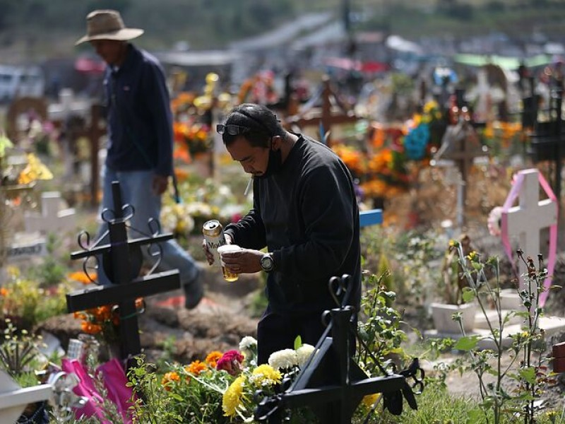 Panteones de la CDMX abrirán el Día de Muertos