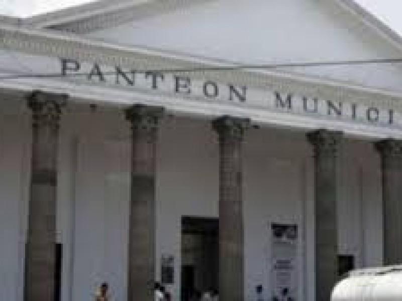 Panteones están llegando a su máxima capacidad en Puebla