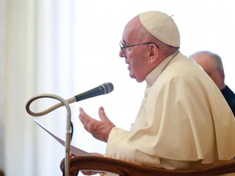 Papa Francisco: asistir y compartir no es comunismo