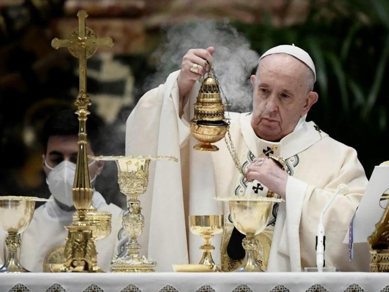 Papa Francisco pide en Pascua compartir vacunas con países pobres