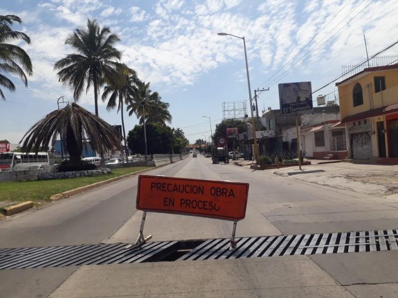 Para evitar accidentes reparará Obras Públicas rejillas en Avenida Insurgentes