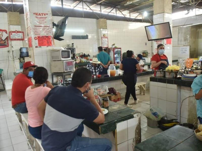 Para evitar contagios de Covid desinfectarán Mercado de Gómez Palacio