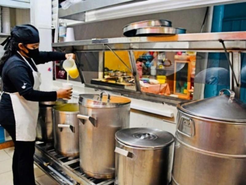 Para evitar contagios, productores envían tamales a domicilio
