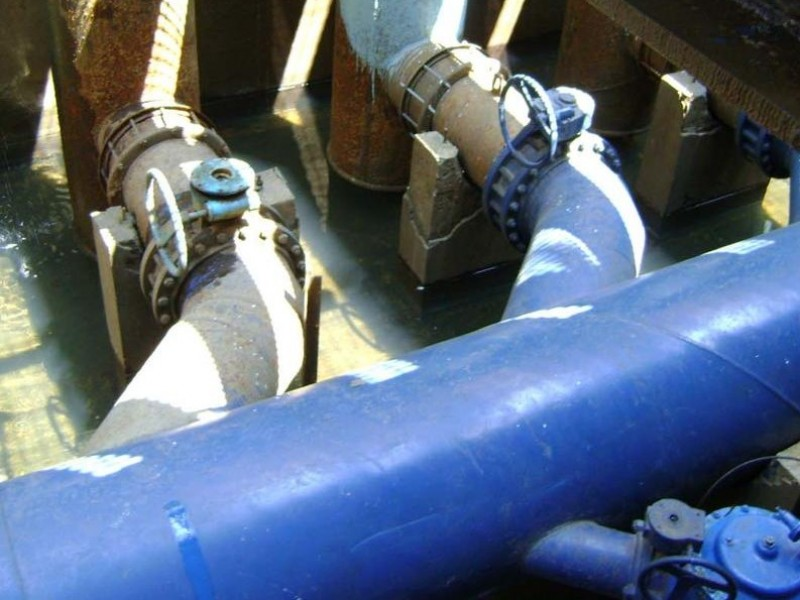 Para evitar inundaciones dan mantenimiento a los cárcamos de bombeo