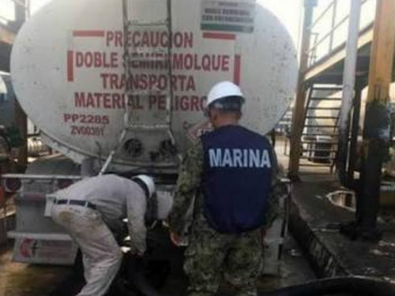 Para evitar robo de combustible Marina resguarda PEMEX