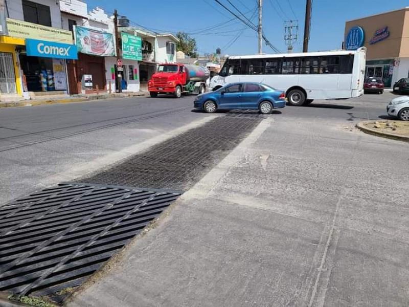 Para mitigar inundaciones prepara ayuntamiento Tepic limpieza de canales pluviales