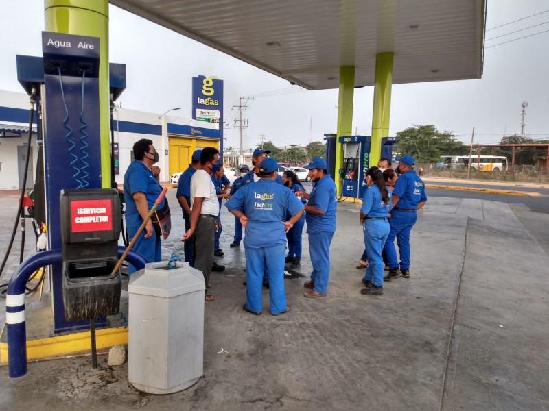 Paran labores para exigir seguridad en gasolinera de Juchitán