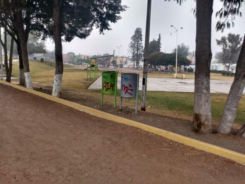 Parque de la Loma presenta descuido de autoridades