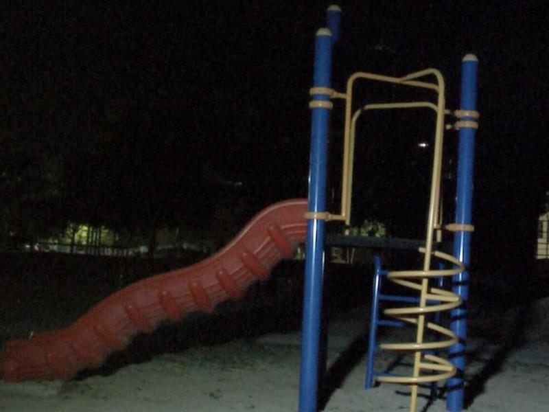 Parque del Arenal sin alumbrado público