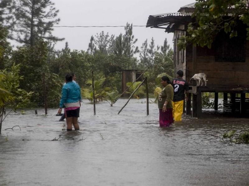 Parroquias acopian ayuda para afectados de huracanes en Nicaragua