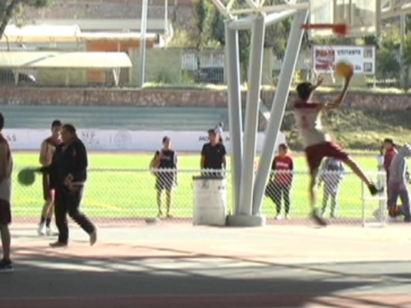 Participan 450 alumnos en encuentro deportivo estatal