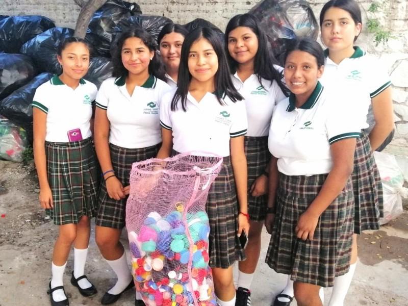 Participan estudiantes en desafìo nacional Green Word