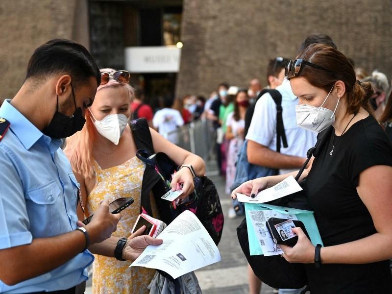 Pase sanitario es obligatorio en transporte Público de Italia