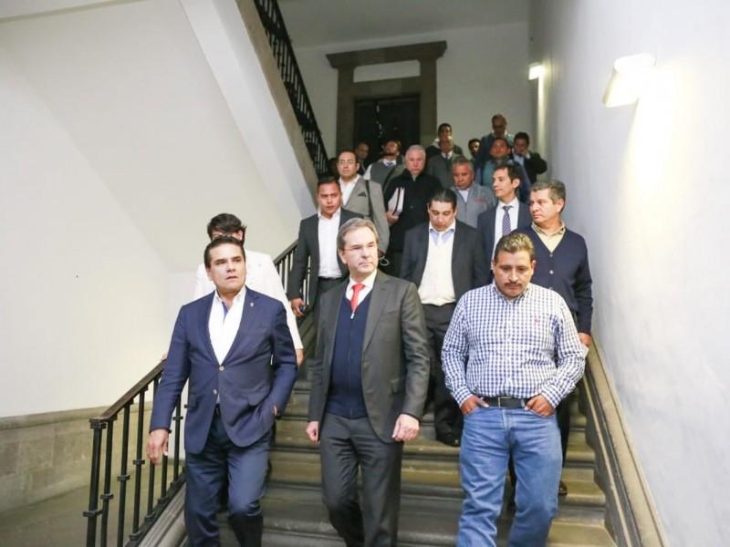 Paulatinos avances, en reunión entre autoridades y CNTE