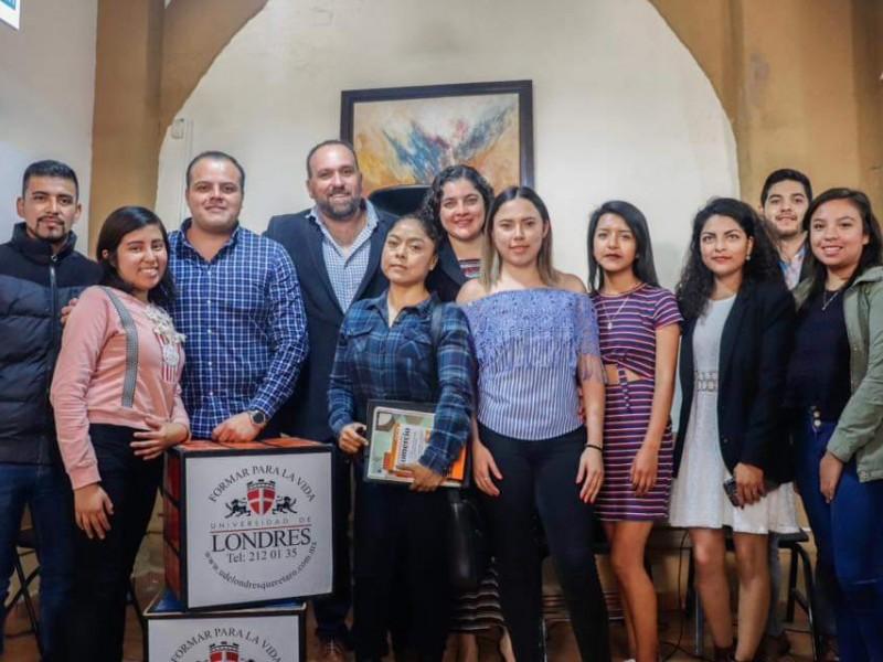 PC Municipal se reúne con jóvenes universitarios
