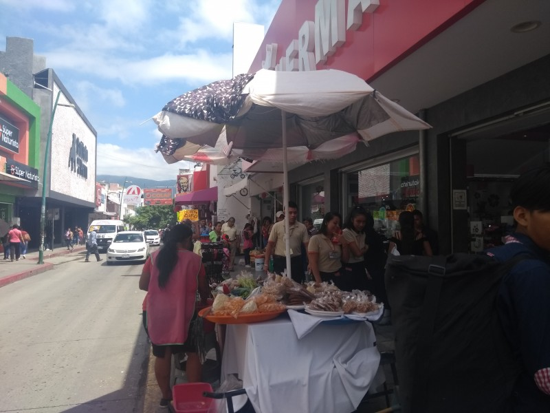 Pedirá CANACO acciones contundentes para evitar ambulantaje
