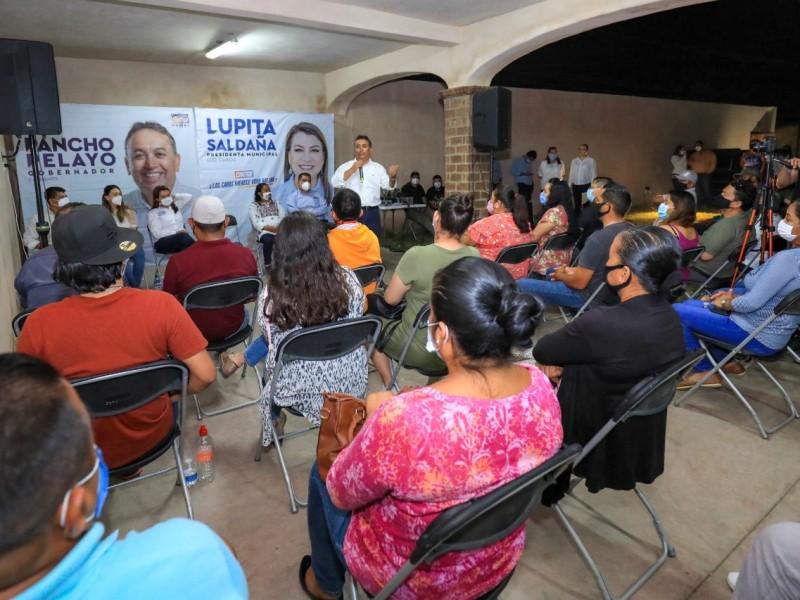 Pelayo presentó el Programa de Alimentación Integral