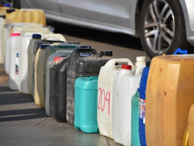 Peligros de almacenar combustible en garrafas