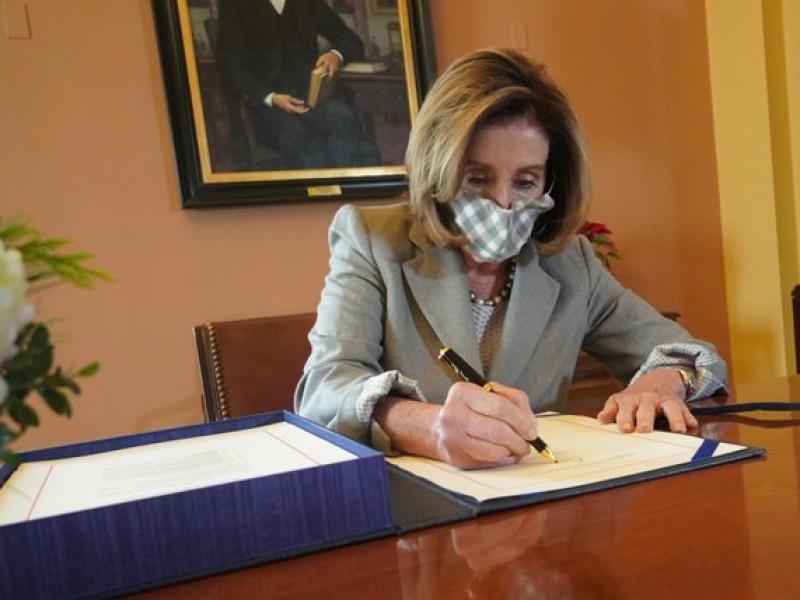 Pelosi es reelecta como presidenta de la Cámara de Representantes