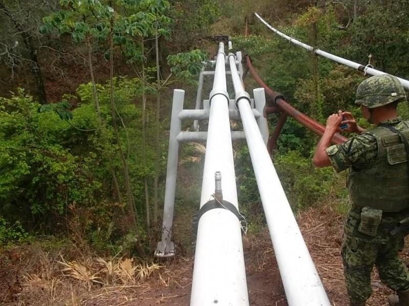 Pemex realiza vaciado de poliducto con gas natural