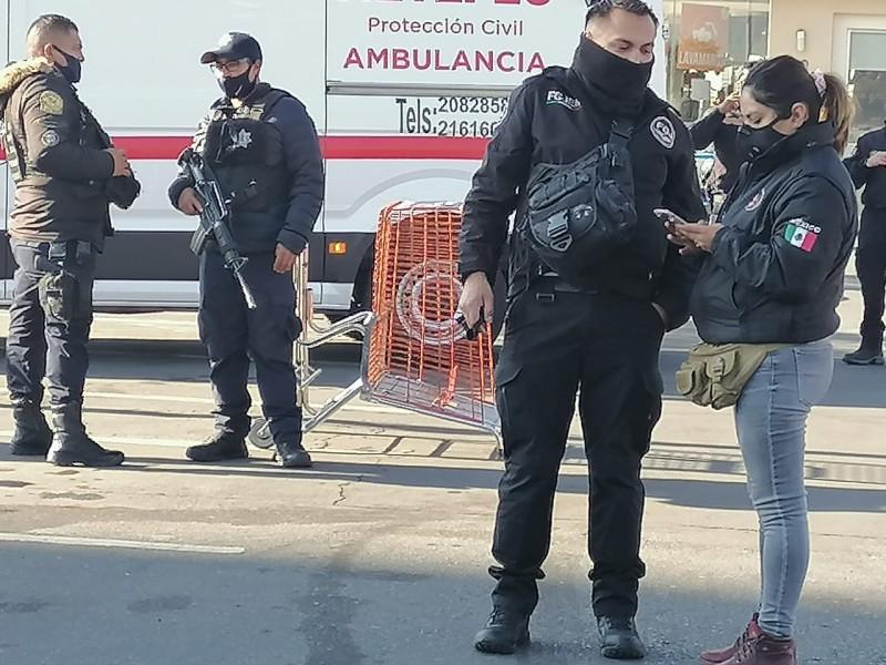 Persecución policíaca termina en balacera. Hay un detenido